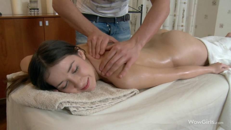 Страстный массаж для русской красавицы