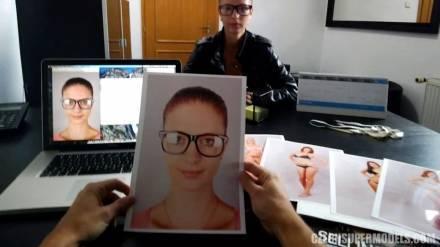 Фотограф в своем кабинета поред скрытой камерой трахает сексуальных моделей