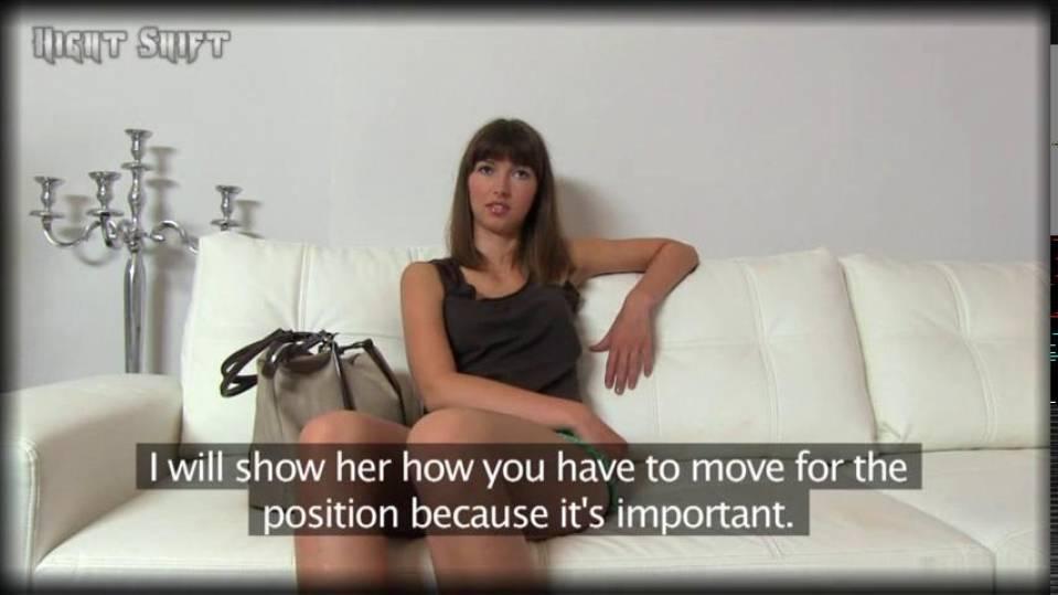 Желание стать моделью толкнуло чешку на анальный трах с агентом