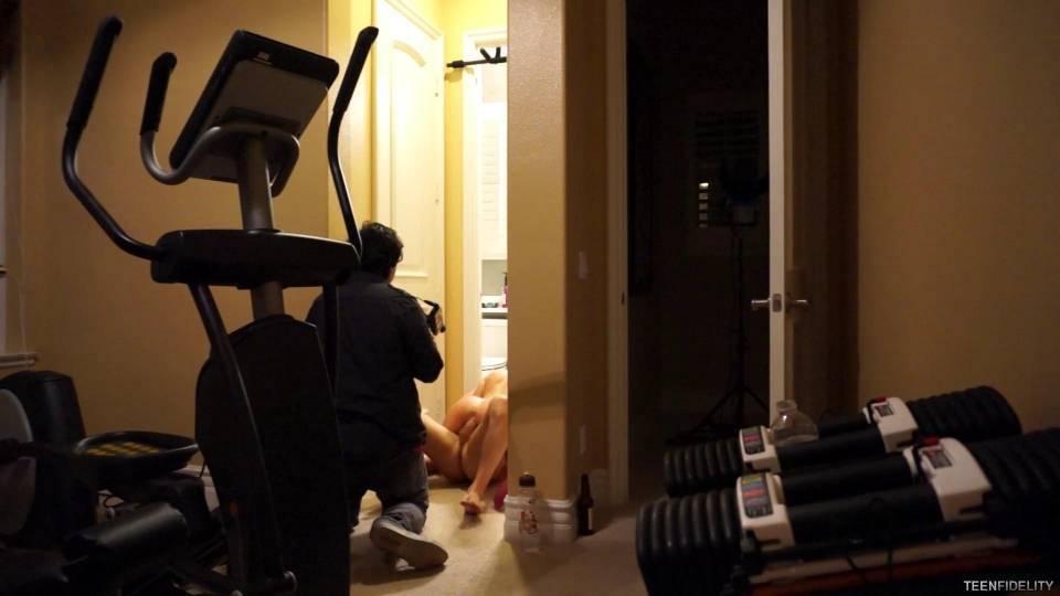 Процесс съёмки любительской американской порнушки