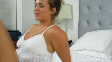 Пришла в гостиничный номер ради роли в порно